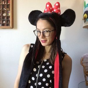 Disney Accessories - Minnie Mouse Fur Scarf Hat Ears Mickey Mouse Club